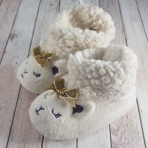 Fuzzy bunny toddler slippers